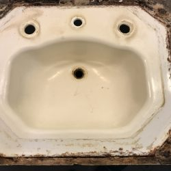 Sink refinishing before - NuFinishPro