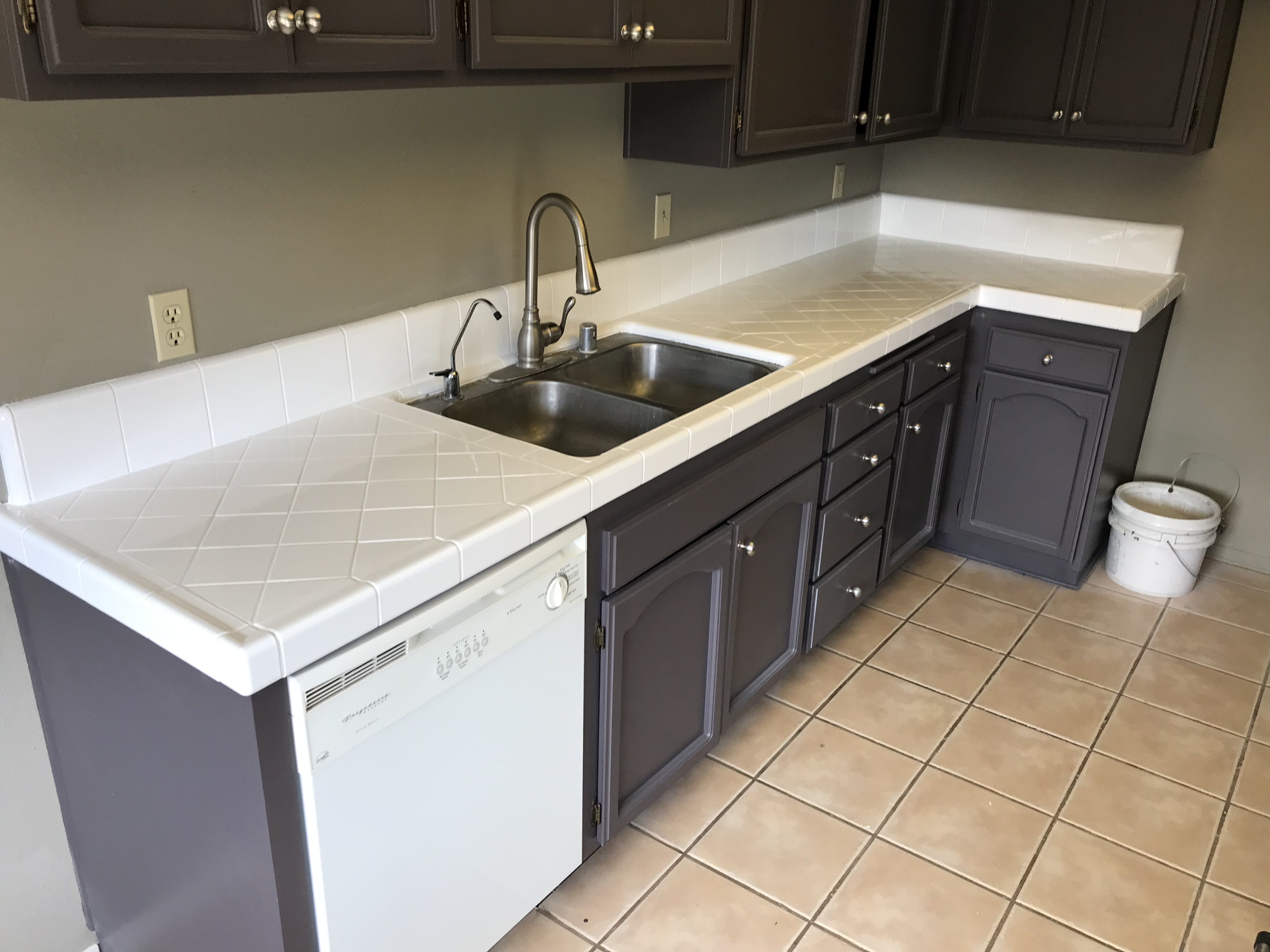 Kitchen Countertop Tile Resurfacing After - NuFinishPro