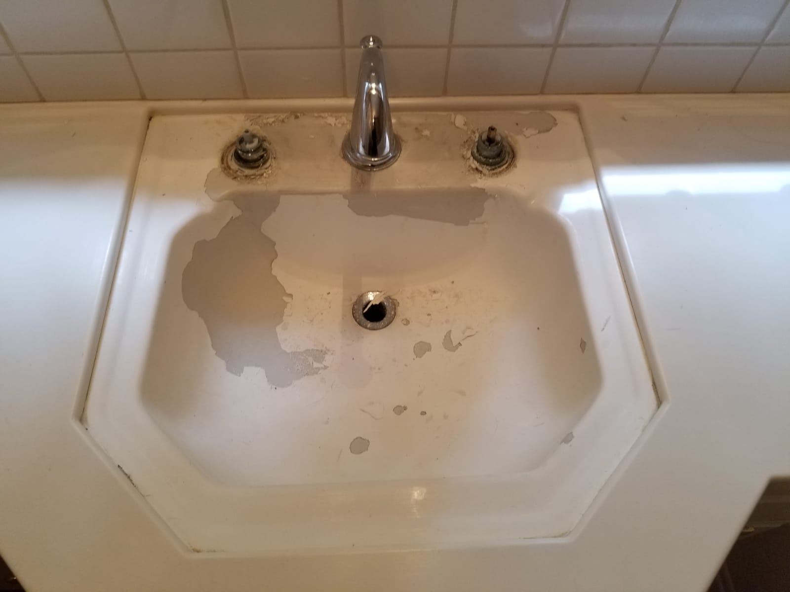 Sink refinishing before
