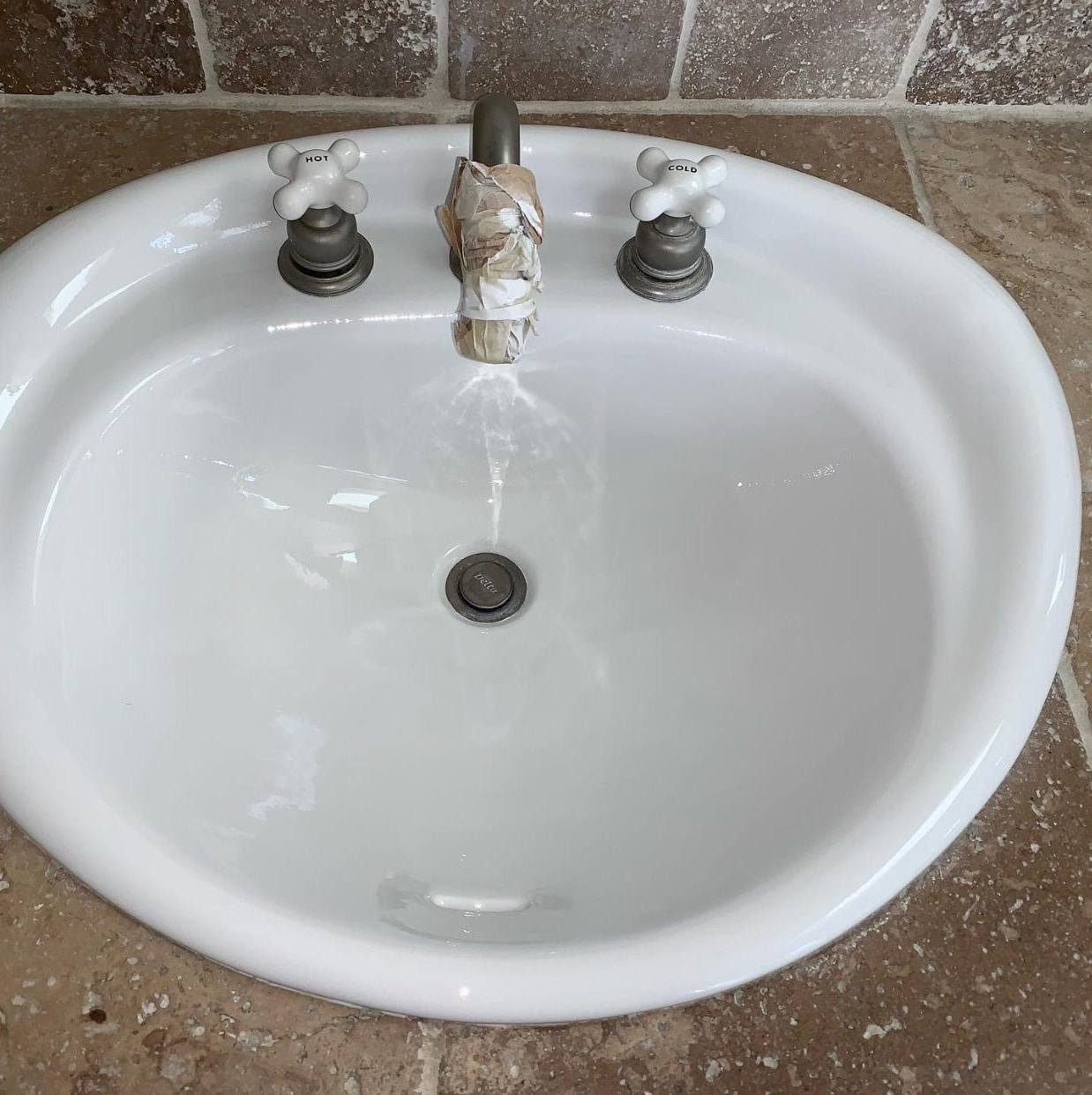 Sink resurfacing after - NuFinishPro